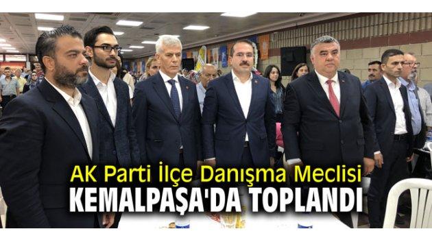 AK Parti İlçe Danışma Meclisi Kemalpaşa'da toplandı