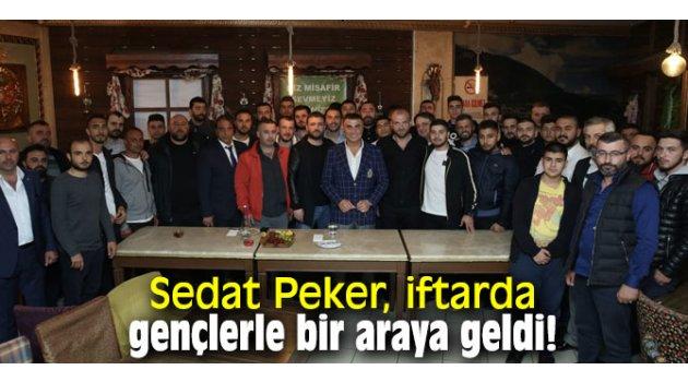 Sedat Peker, iftarda gençlerle bir araya geldi!